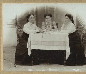 Three_ossetian_teachers